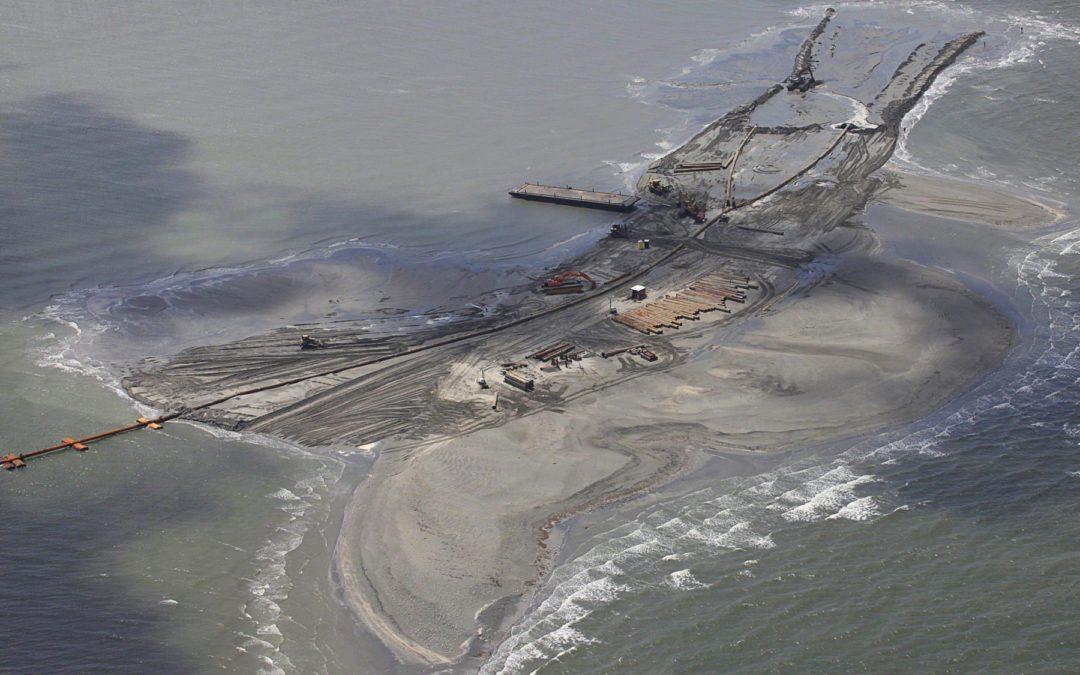 Petroleras ya sabían daño del CO2 cuando financiaban a escépticos