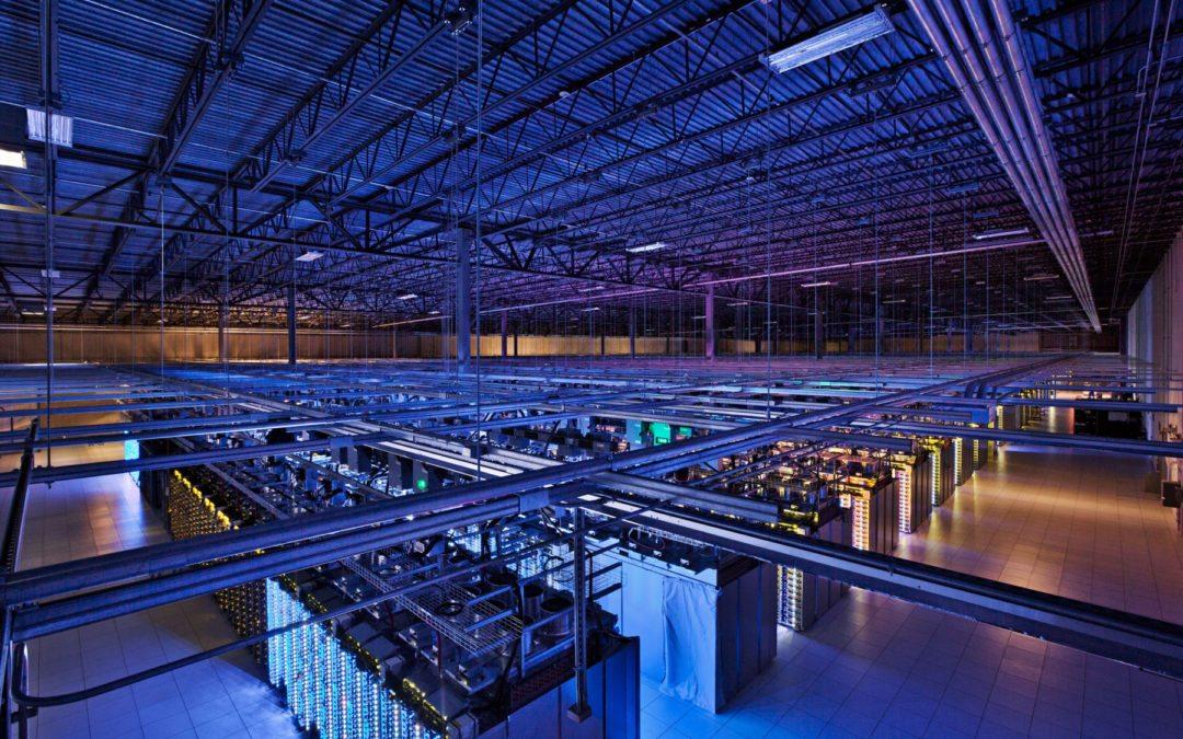 Google promete que la electricidad de sus data centers y oficinas será 100% renovable en el 2017