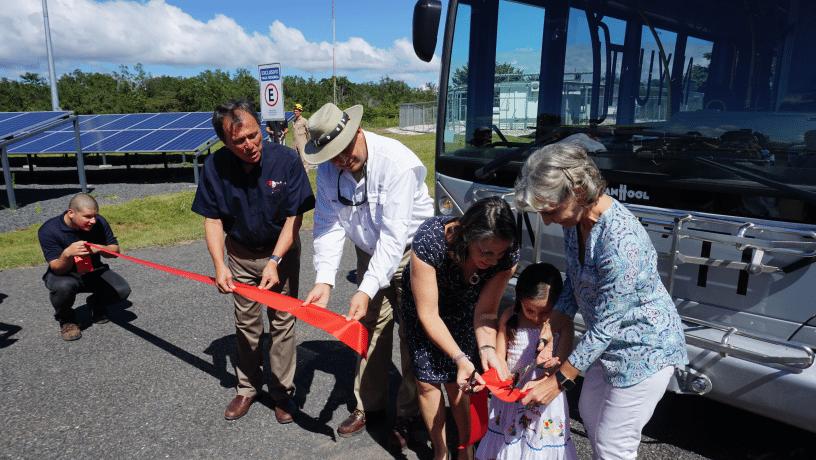 Presidente Solís y Chang arrancan nueva pase del autobús de hidrógeno de Ad Astra