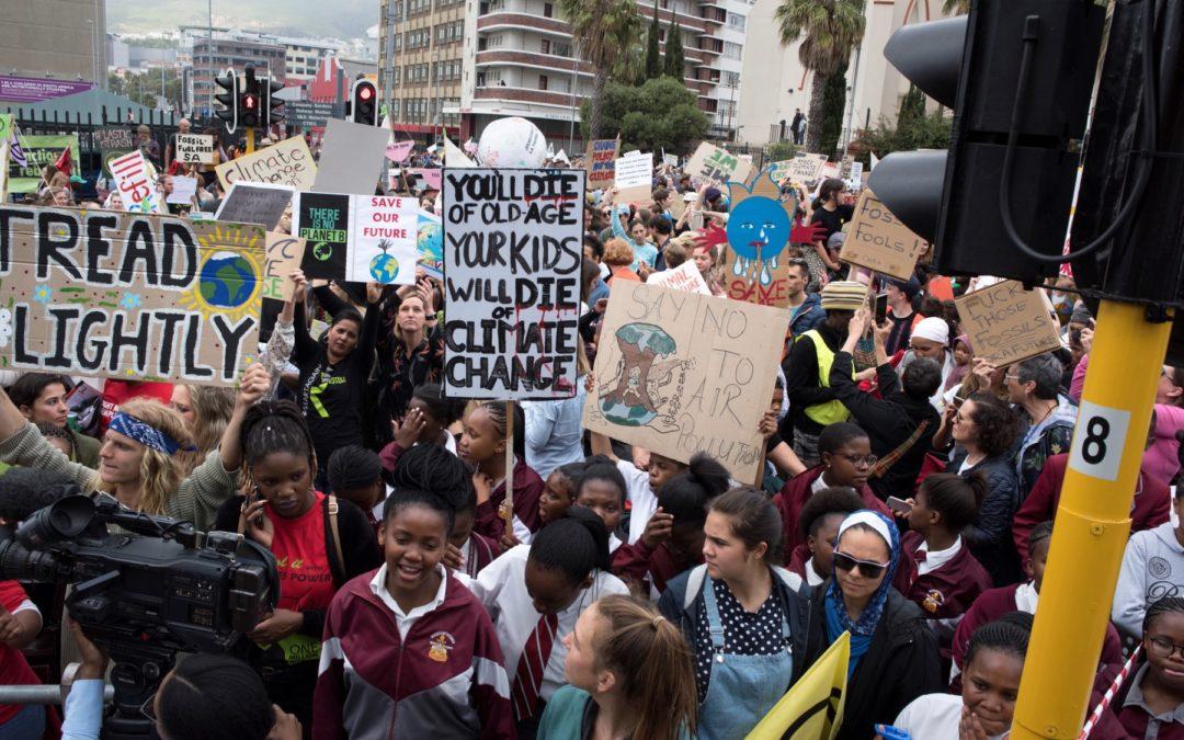 Jóvenes marchan en todo el mundo para exigir acciones por el clima – En vivo