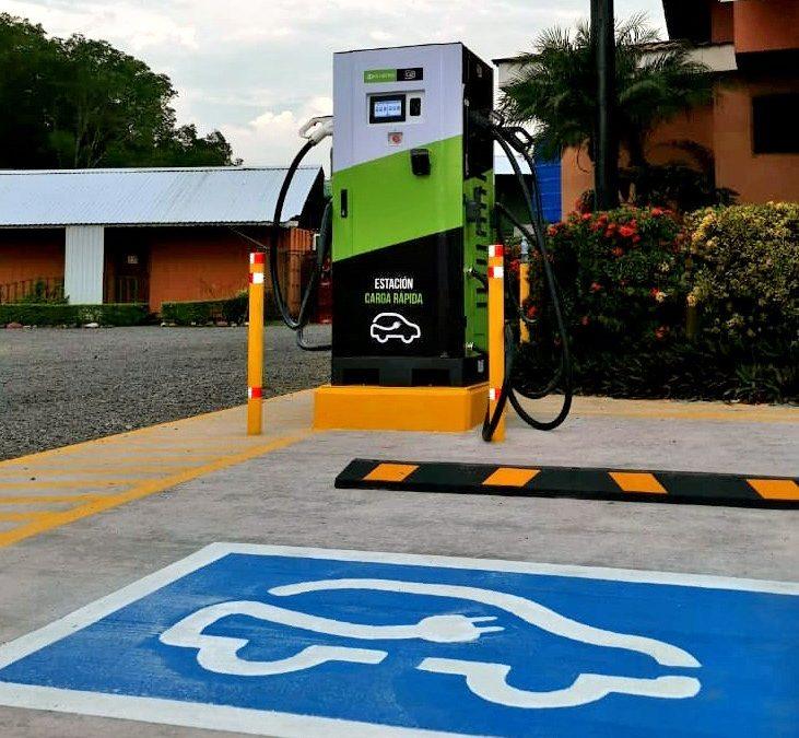 Red nacional de carga para vehículos eléctricos suma más cargadores