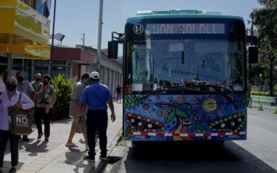 Forman parte de proyecto piloto apoyado por gobierno de Alemania Buses eléctricos empezaron a funcionar en ruta San José – Desamparados