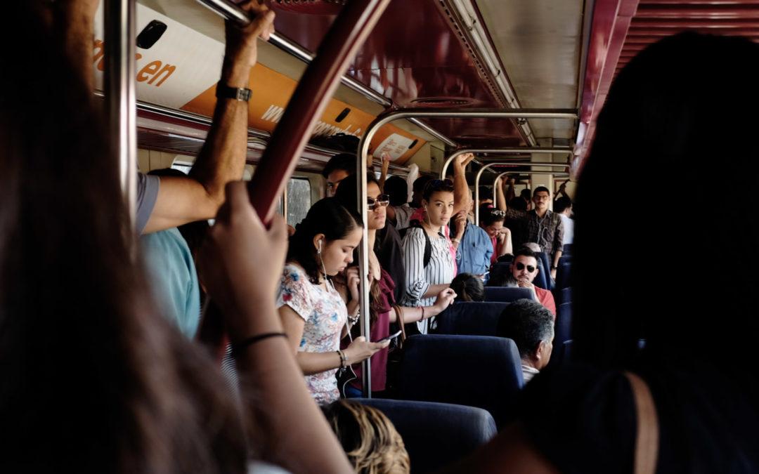 El acoso sexual en espacios públicos es catalogado por Naciones Unidas como violencia  Inseguridad aleja a las mujeres del transporte público