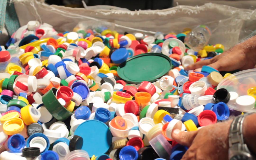 Programa cuenta con 54 beneficiarios que favorecen a 38.489 personas Munis innovan con parque tecnológico y apps para gestión de residuos