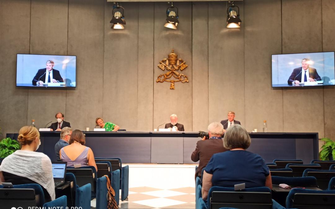 """El encuentro """"Fe y ciencia: hacia la COP26"""" se realizará en octubre en el Vaticano Líderes científicos y religiosos se unirán para conversar sobre cambio climático"""